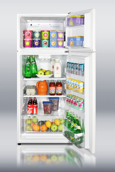 Energy star rated apartment size refrigerator